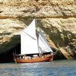 Sailing Boat Leãozinho, near the big cave