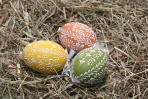 3 colorful easter eggs